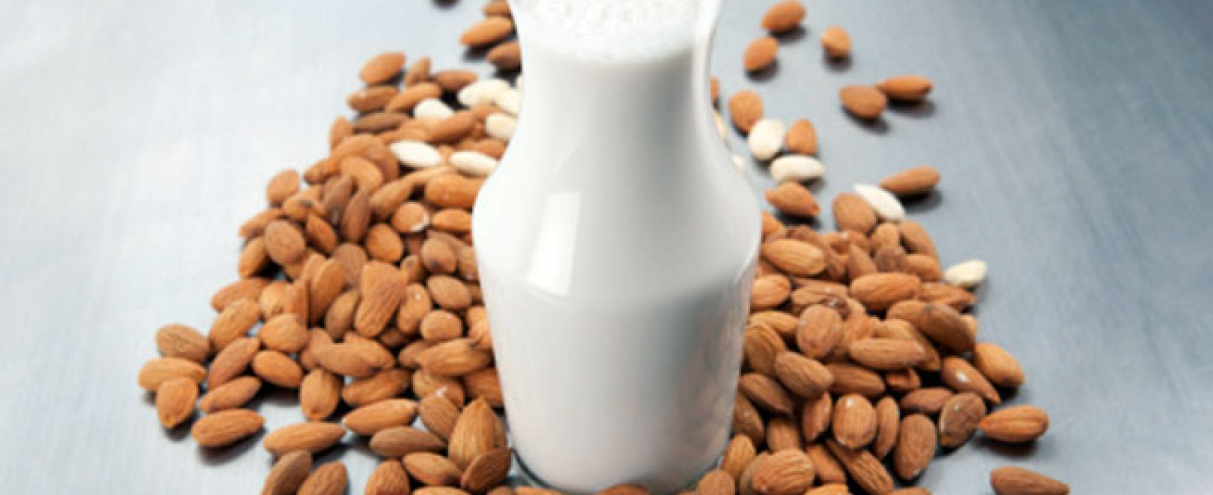 10 Checklist to Know If Almond Milk Is Suitable for You